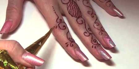 Tymczasowe Tatuaże Ile Potrzeba I Jak Wykonać Hennę
